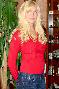 Elena,42-1