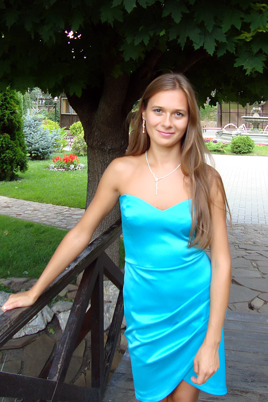 Beautiful Ukrainian Woman Maryna, 22