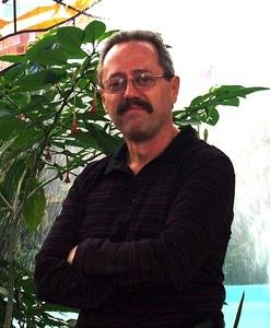 Alejandro,64-1
