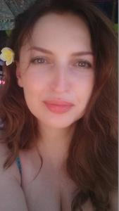Viktoria,42-17