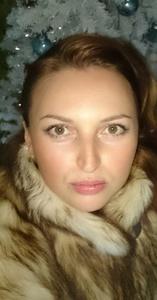 Viktoria,42-14