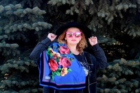 Olga,38-52