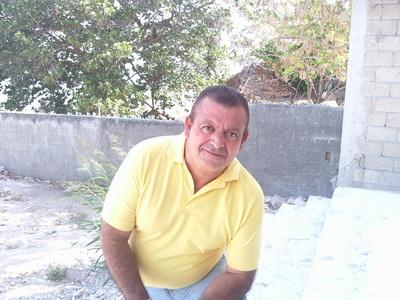 Ismael lozano,63-2