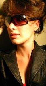 Nina,27-9