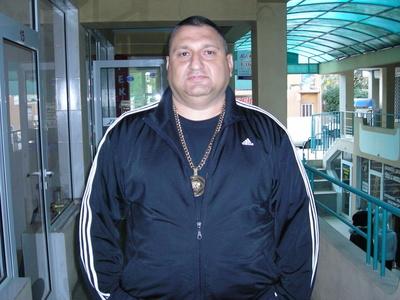 Vito,53-3