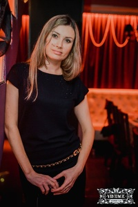 Elena,40-3