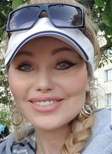 Alena,54-3