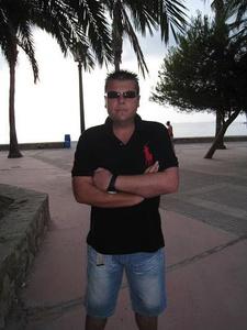 Antonio,42-11