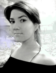 Julia,28-7
