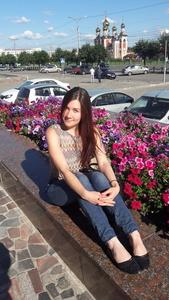 Julia,28-10