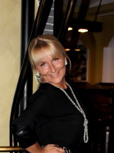 Alina,52-8