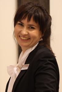 Dina,33-5