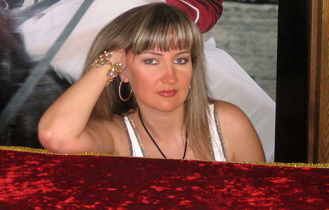 Arina,37-2
