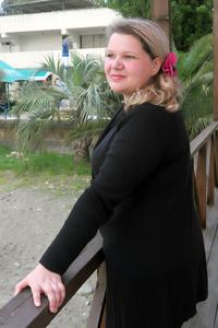 Tanya,32-1