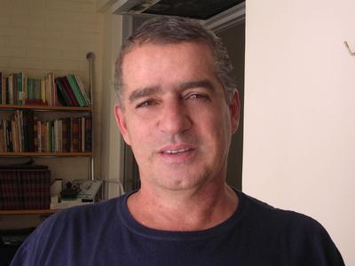 Carlos,56-2