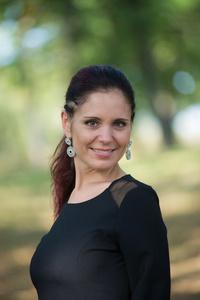 Elena,39-5