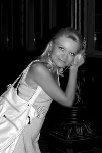 Anna,37-2
