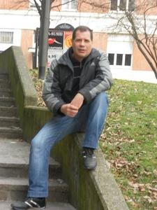 Maurizio,57-18
