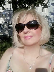 Linda,61-6