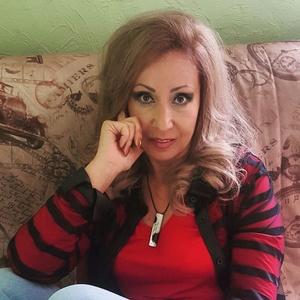 Irina,52-6