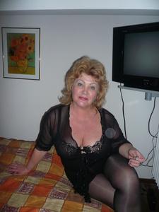 Nadia,60-4