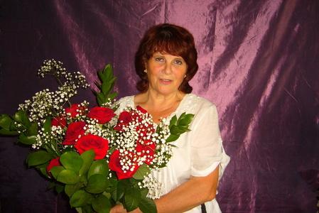 Valentina,66-7
