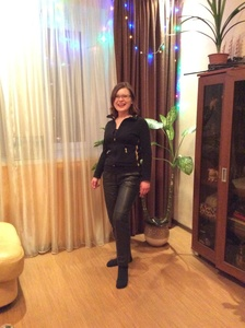 Elena,39-10