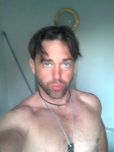 Erick,32-25
