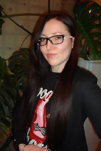 Nina,30-1