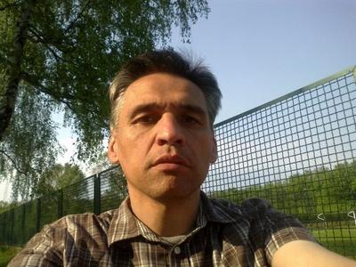 Piotr,49-7