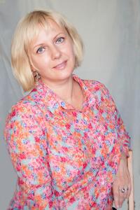 Yulia,48-10