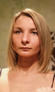 Nina,33-12