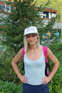 Nina,30-9