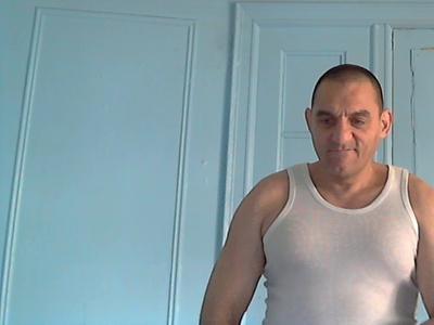 Alejandro,57-1