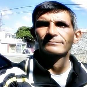 Antonio,40-2