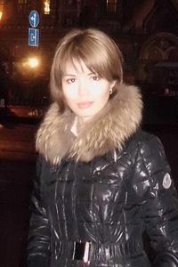 Dina,32-1