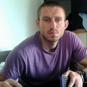 Piotr,39-1