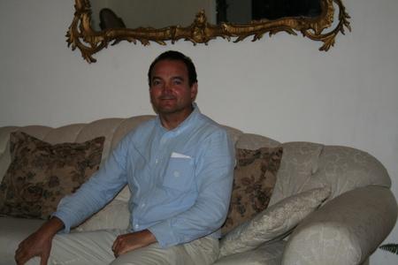 Carlos eduardo,48-2
