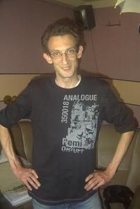 Simon,41-7