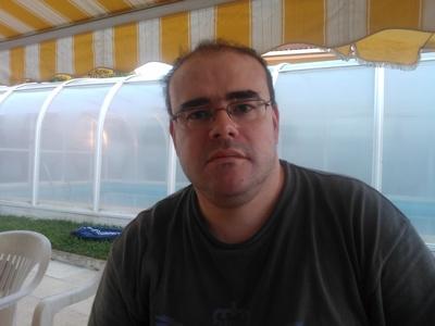 Gustavo,43-7