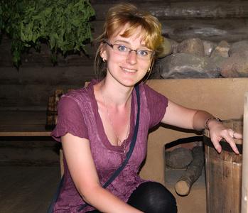 Annie,33-2