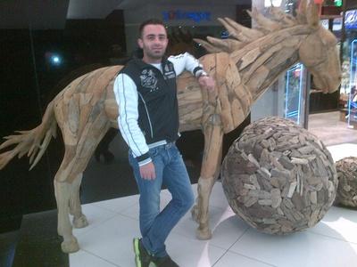 Ahmad,32-1