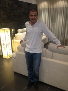 Michalis,36-4