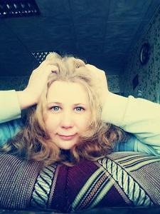 Irina,38-17