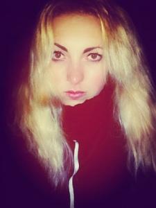 Ksenia,22-10
