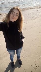 Ksenia,22-18