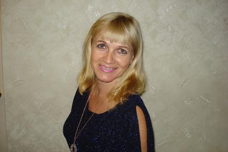 Irina,49-5