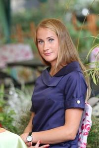 Anna,28-5