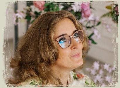 Maria,43-22