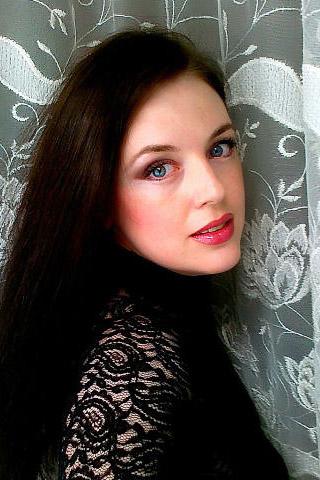 Sofia, 35